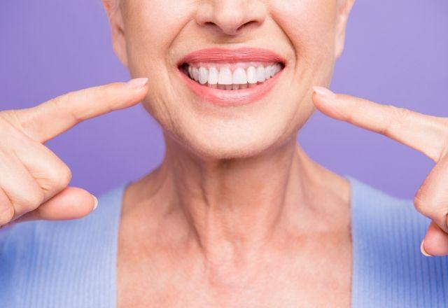 limpieza de implantes dentales